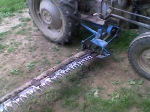 traktorska bočna kosačica