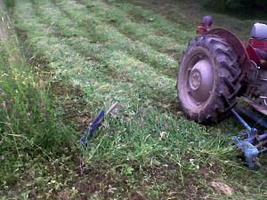 kosačica sa strane traktora